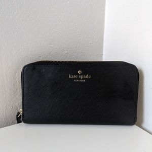 Kate Spade black leather continetal wallet